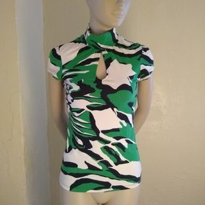 Express;Camo, Key Hole, Mock Neck, Cap Sleeve; XS